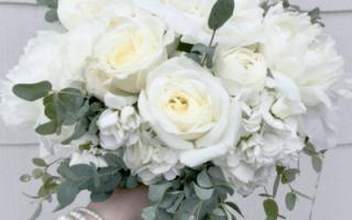 Свадебный букет из роз, фото букетов на свадьбу с розами