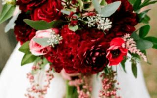 Красный свадебный букет, фото свадебных букетов красного цвета