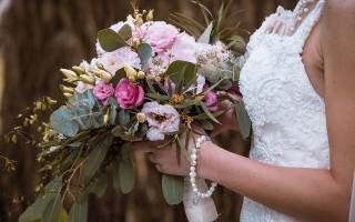 «Можно ли букет невесты оставить себе – традиции и советы[