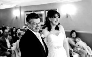 «Как правильно написать тост за гостей на свадьбе в стихах?[
